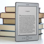 Kindle der vierten Generation: kaum grer als ein Taschenbuch (Bild: Amazon)