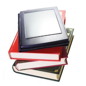 E-Book-Reader (Bild: by Nataliia/Bigstock)